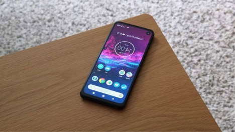 NEXT MOTOROLA ONE SERIES DEVICE WILL FEATURE A 64MP CAMERA WITH POP-UP SELFIE