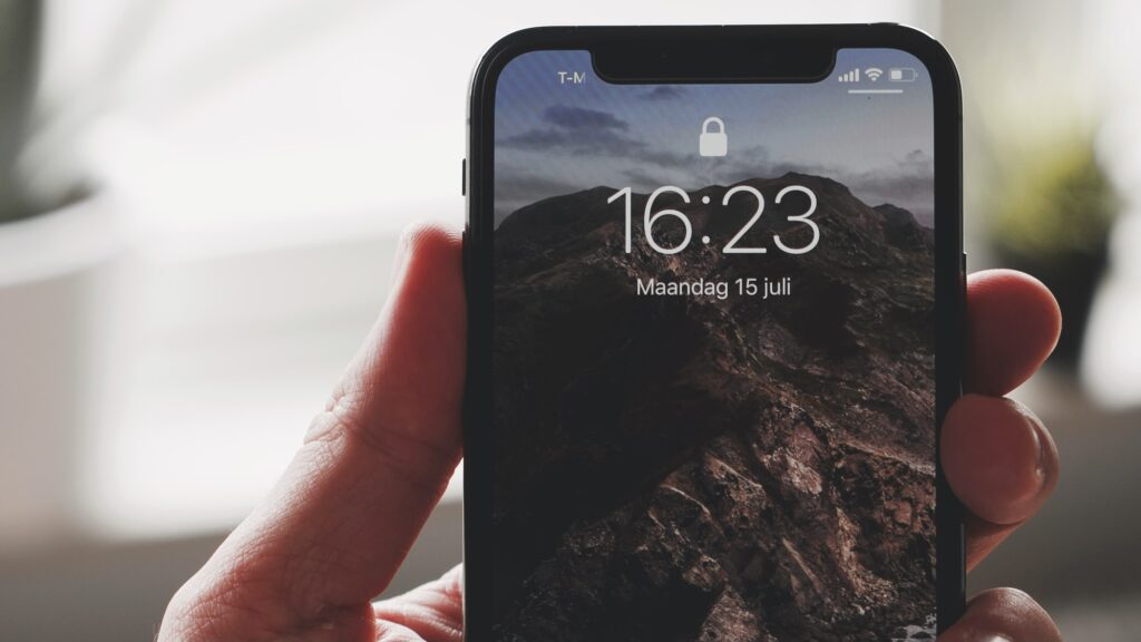 Apple iPhone 13 Face ID